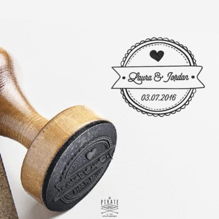 Tampon de mariage personnalisé en bois personnalisé Prénom et Date du Mariage - Macaron