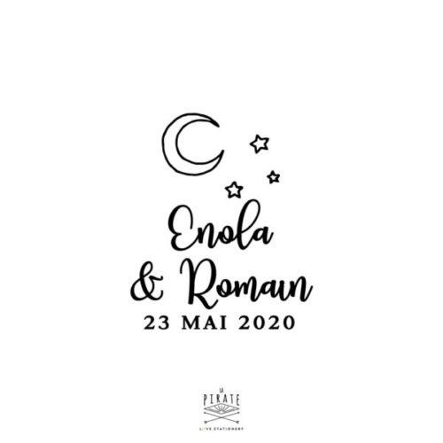 Tampon mariage to the moon and back personnalisé de vos prénoms et date de mariage surmonté d'une lune et de 3 étoiles - La Pirate