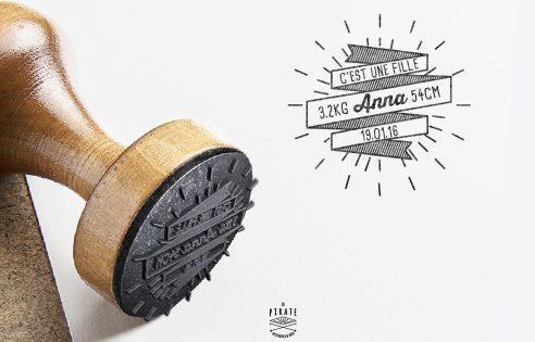 Tampon Naissance personnalisé en bois personnalise Hipster Banniere Vintage