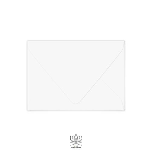 Enveloppes blanches à rabat gommé pointu, plusieurs format au choix