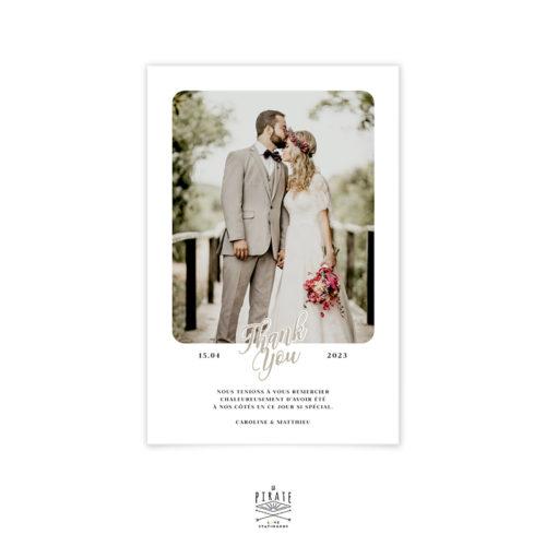 """Carte remerciements mariage polaroid, inscription au bas """"merci pour tout"""" au bas de cette jolie carte de remerciements. Dans l'espace réservé, la photo de votre choix sera insérée et bordée de dentelle - La Pirate"""