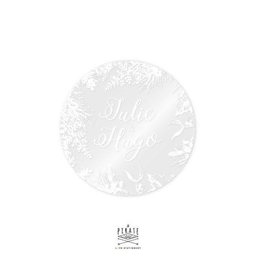 Stickers rond mariage hiver transparent et impression en blanc, personnalisé avec vos prénoms