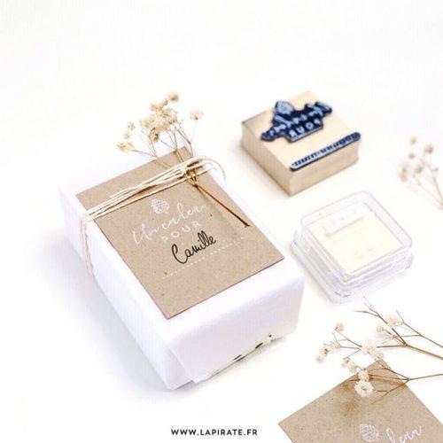 Tampon bois Noël, pour personnaliser vos étiquettes cadeaux - La Pirate
