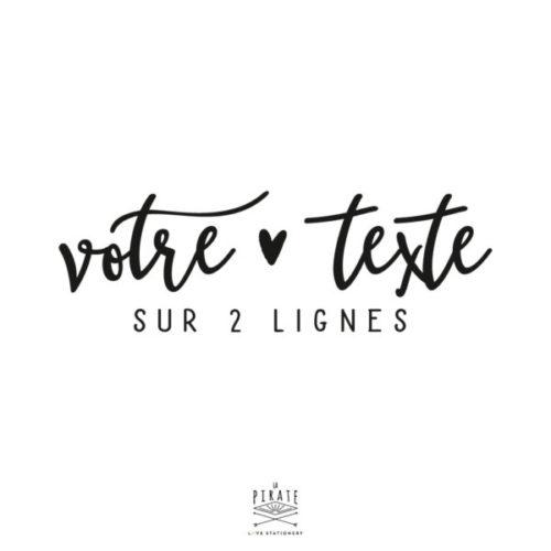 Stickers texte personnalisé sur 2 lignes, stickers texte manuscrit et petit coeur vintage - La Pirate