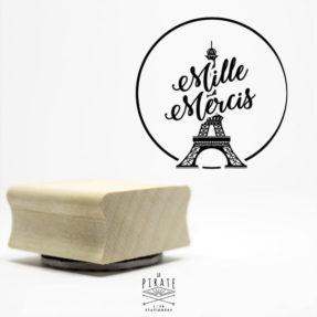 Tampon Mille Mercis motifTour Eiffel sur le thème de votre mariage à Paris, tampon bois - La Pirate