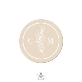 Stickers rond mariage personnalisé avec vos initiales et détail végétal, biscuit - mariage bohème | Collection Sahanna - La Pirate