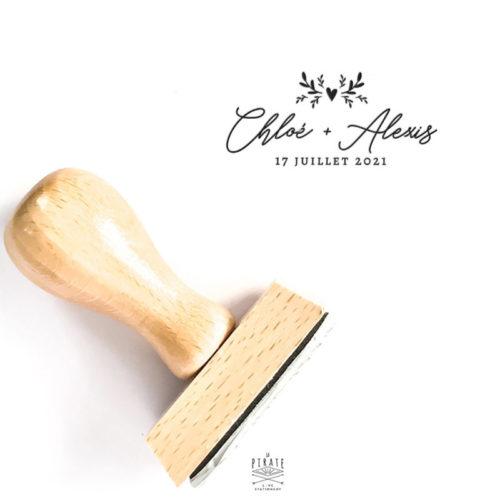 Tampon mariage calligraphie bohème et motif coeur végétal, personnalisé de vos prénoms et date d'union, tampon bois personnalisé