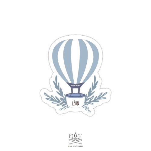 Stickers naissance personnalisé avec le prénom de bébé, montgolfière bleue