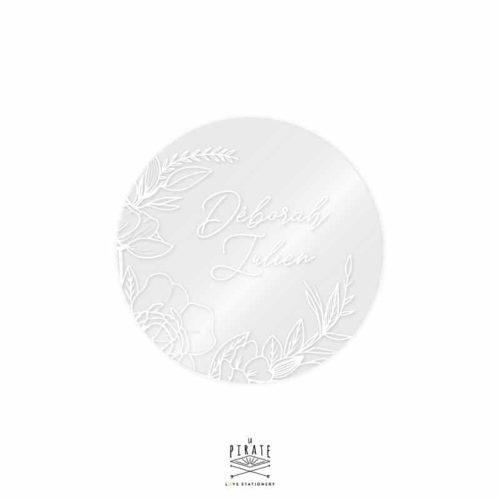 stickers rond transparent couronne de fleurs bohème. Personnalisé de vos prénoms imprimés en blanc - Collection Camélia