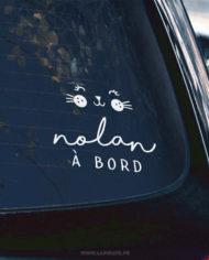 Stickers bébé à bord original motif lapin, personnalisé avec le prénom de bébé