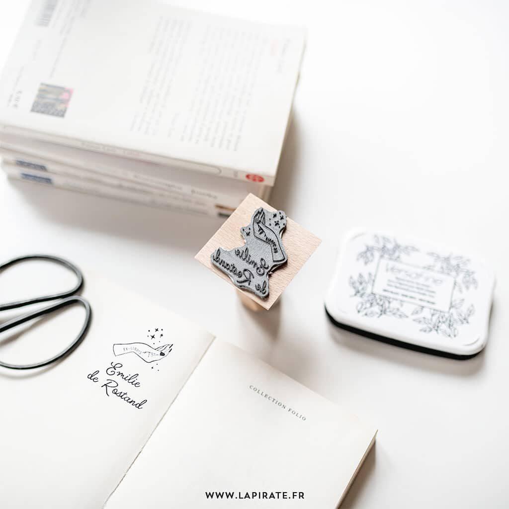 Tampon ex-libris personnalisé, exlibris en bois - La Pirate
