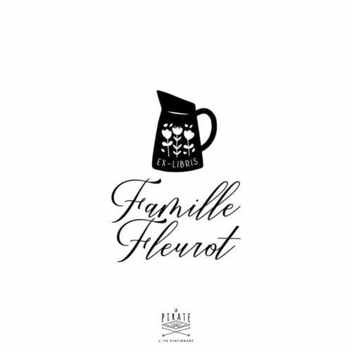 Tampon ex-libris pot à lait fleuri, vintage personnalisé de votre nom de famille - La Pirate